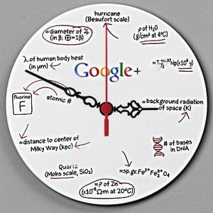 Nástěnné hodiny Google, 30 cm