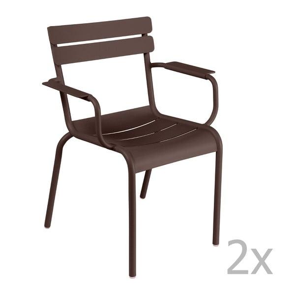 Sada 2 hnedých stoličiek s opierkami na ruky Fermob Luxembourg