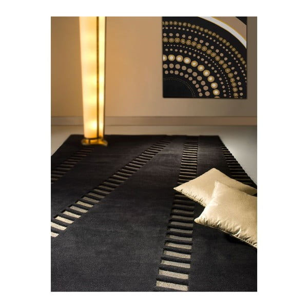 Koberec Swing Black, 140x200 cm