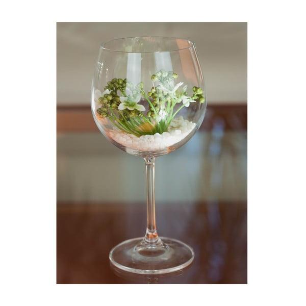 Kvetinová dekorácia od Aranžérie, pohár s bielym kvietkom