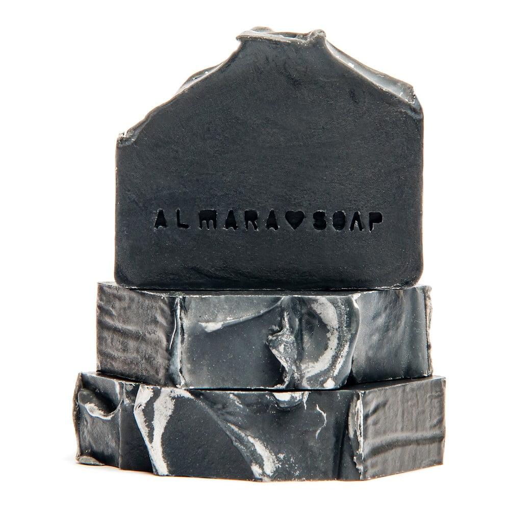Ručne vyrábané prírodné mydlo Almara Soap Black As My Soul