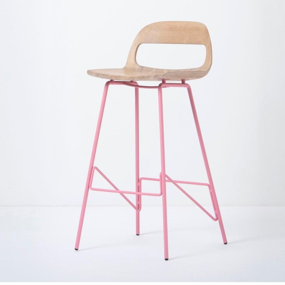 Barová stolička so sedadlom z masívneho dubového dreva a ružovými nohami Gazzda Leina, výška 94 cm