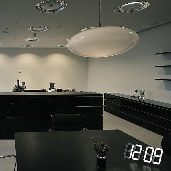 Čierne LED hodiny od Vadima Kibardina, kábel 10 metrov