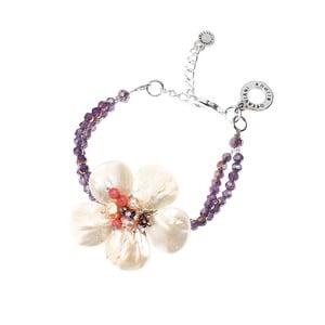Bielo-fialový náramok s motívom kvetiny Ottaviani Rosé