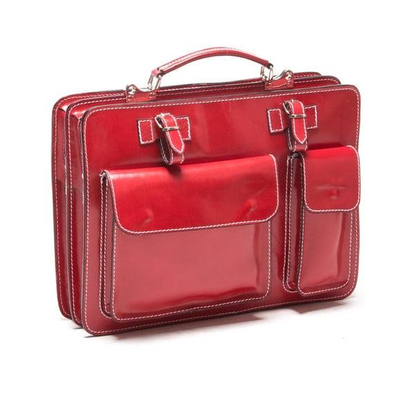 Červená kabelka s prešívaním