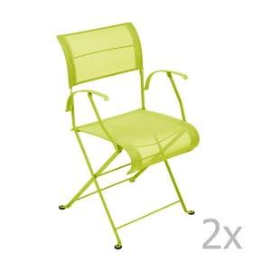 Sada 2 limetkovozelených skladacích stoličiek s opierkami na ruky Fermob Dune