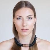 Náhrdelník od Adély Pečlovej - čierny Wood Zebrano