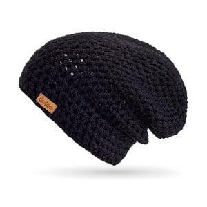 Čierna ručne háčkovaná čiapka z merino vlny DOKE