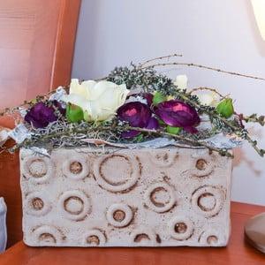 Kvetinová dekorácia od Aranžérie, tmavý iskerník
