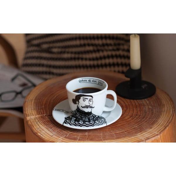 Hrnček a tanierik Sigmund Deutsch, náruživý fajčiar