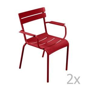 Sada 2 sýtočervených stoličiek s opierkami na ruky Fermob Luxembourg