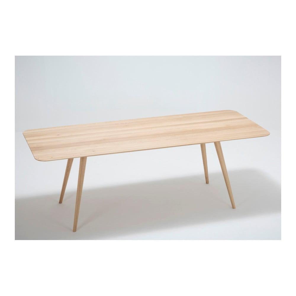 Jedálenský stôl z masívneho dubového dreva Gazzda Stafa, 220 × 90 cm