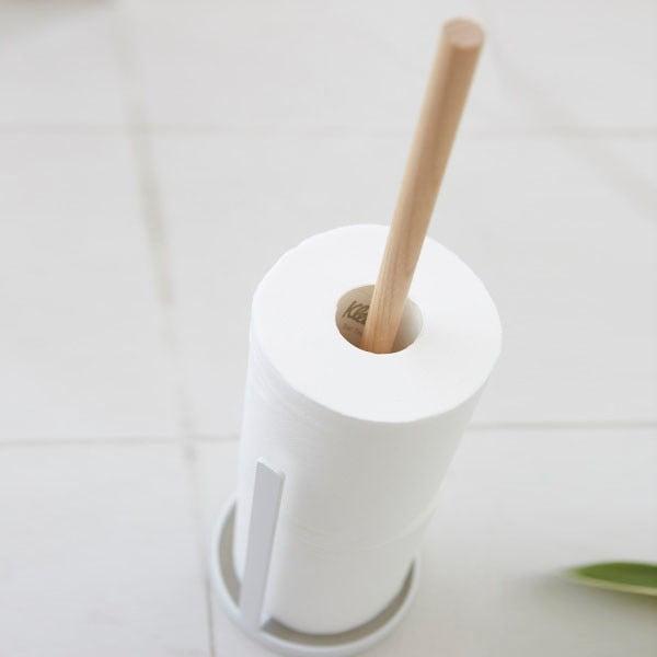 Biely stojan na náhradné kotúče toaletného papiera YAMAZAKI Tosca