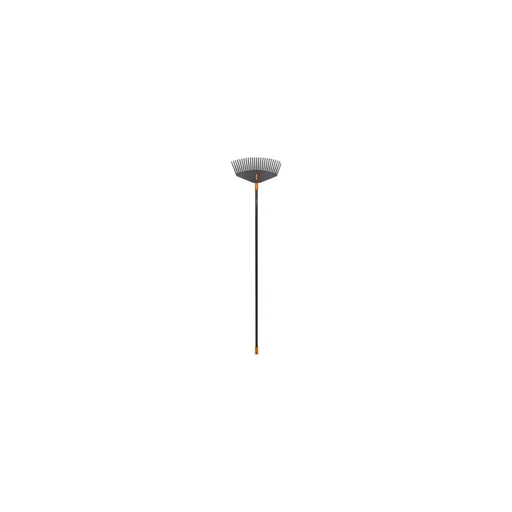 Čierne hliníkové hrable s násadou na lístie Fiskars Solid, šírka 41,5 cm