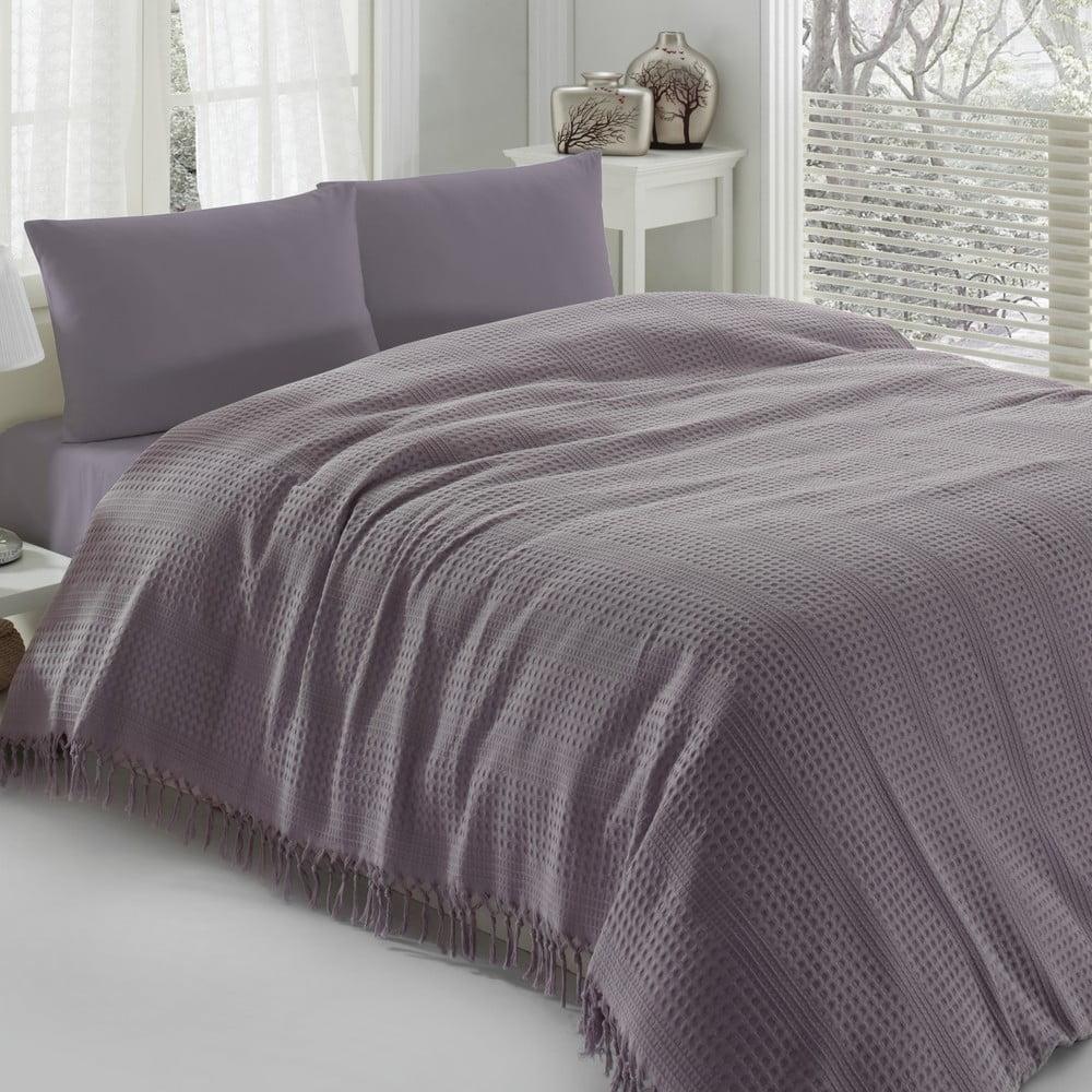 Fialová bavlnená prikrývka na dvojlôžko Pique, 220 × 240 cm