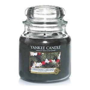 Vonná sviečka Yankee Candle Vianočný veniec