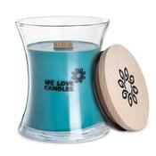 Sviečka zo sójového vosku We Love Candles Frosted Forest, doba horenia 129 hodín