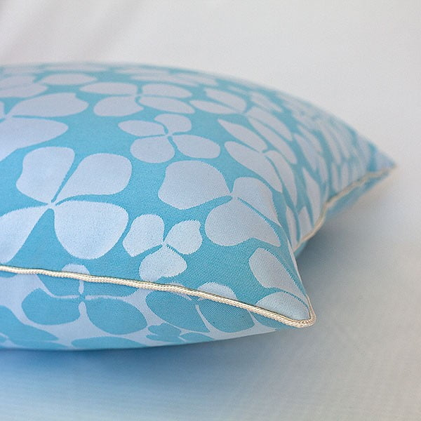 Vankúš s výplňou Turquoise Flowers, 50x50 cm