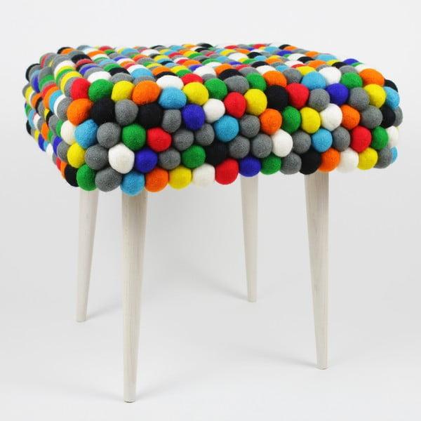 Ručne vyrobená guličková stolička Happy Pills