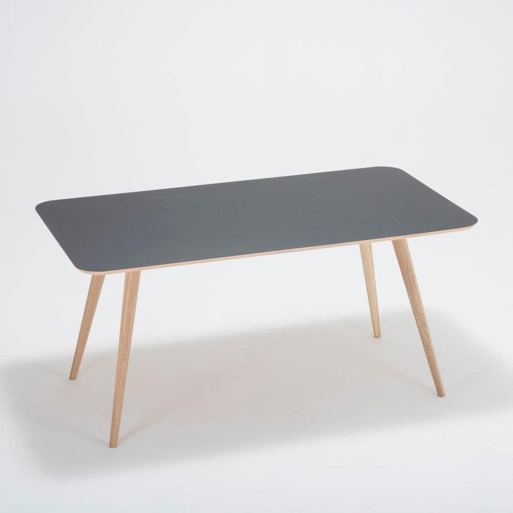 Jedálenský stôl z dubového dreva Gazzda Linn, 160 × 90 × 75 cm