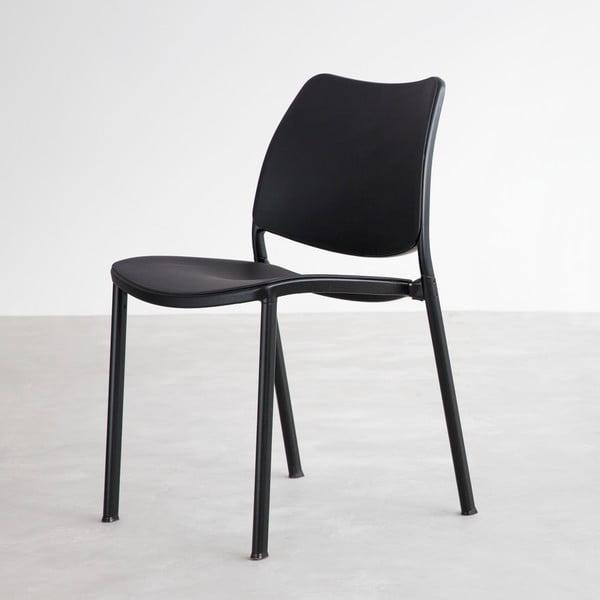 Čierna stolička s čiernymi nohami Stua Gas