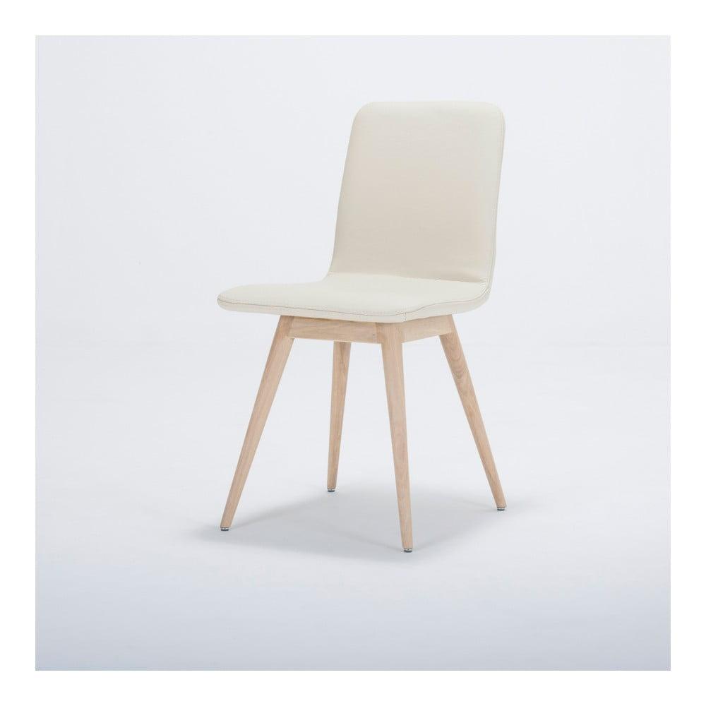 Jedálenská stolička z masívneho dubového dreva s koženým bielym sedadlom Gazzda Ena