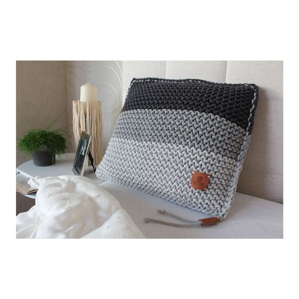 Pletený vankúš Catness, sivé pruhy, 50x50 cm