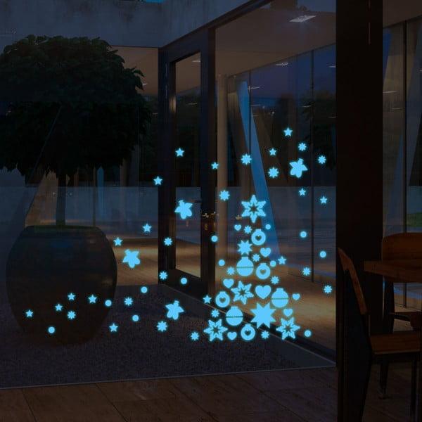 V tme svietiaca samolepka Blue Christmas