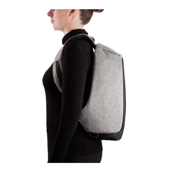 Čierny bezpečnostný batoh XD Design Bobby